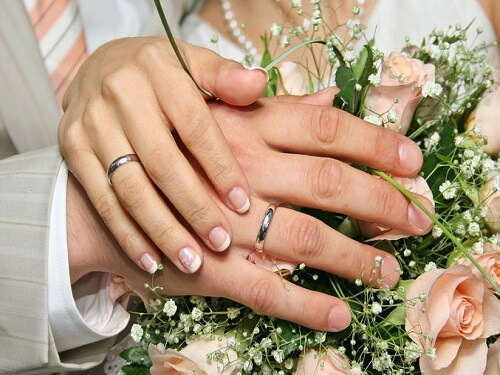 sahebnews-marriage__hands-1