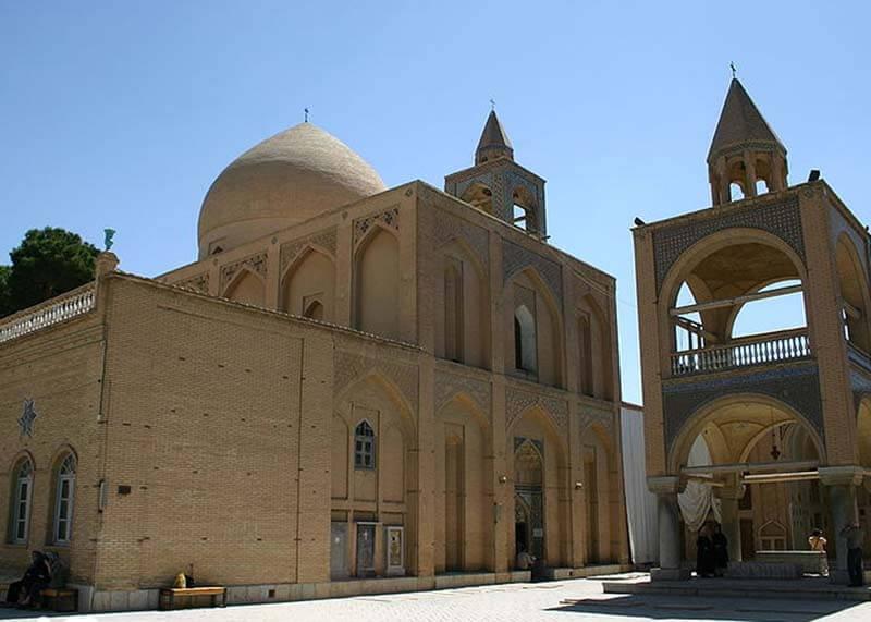 800px-Vank_Cathedral_Armenian_Quarter_Esfahan_Iran1