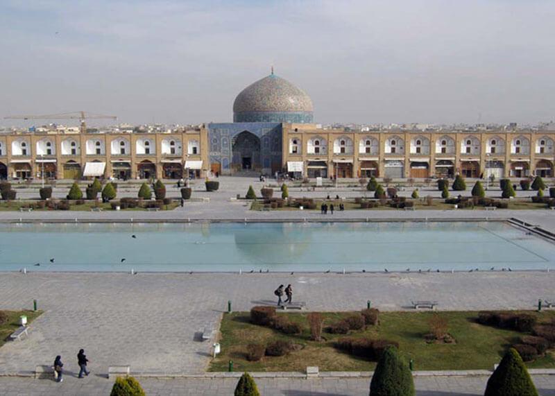 Isfahan_Sheikh_Lotfollah_Mosque_Alighapoo_20101