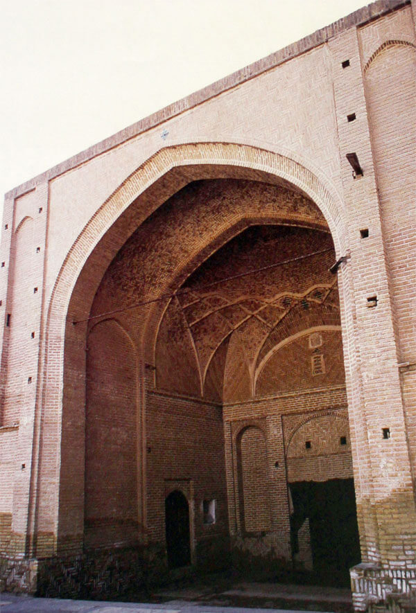 Tomb-of-Seyed-Eshagh-Saveh-041