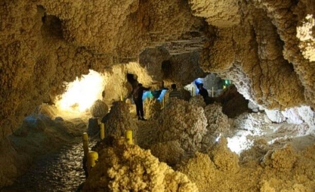 M.Gaeini_Nakhjir_Cave_5